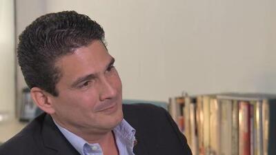 Habla Roberto D'Aubuisson, hijo del acusado de matar a Monseñor Romero
