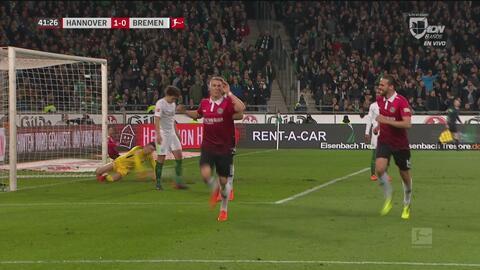 Goles con los que Hannover derrota 2-0 a Werder Bremen en el primer tiempo