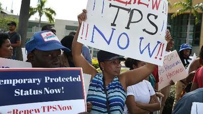 Beneficiarios de TPS, preocupados por posibles decisiones de la administración Trump