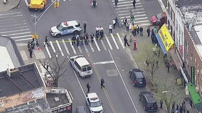Angustia entre la comunidad de Brooklyn por joven que fue apuñalado mortalmente tras salir de la escuela