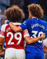 Los memes de David Luiz en el reencuentro con su 'hermano perdido' del Arsenal
