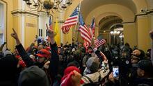 """""""Nancy, ¿dónde estás, Nancy?"""": nuevos videos sobre la irrupción violenta al Capitolio"""