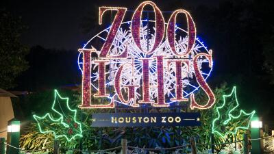 El Zoológico de Houston se ilumina para dar la bienvenida a la Navidad