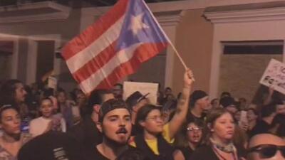 Ante la crisis política que atraviesa el gobernador de Puerto Rico, ¿debe o no renunciar a su cargo?