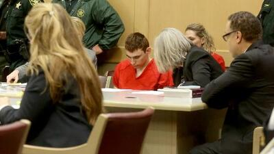Un gran jurado acusa formalmente al atacante de Parkland, Nikolas Cruz, de homicidio e intento de homicidio