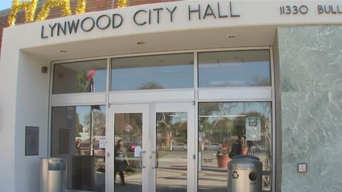 Habitantes de Lynwood, en California, denuncian presuntas anomalías en el manejo de los fondos de la ciudad