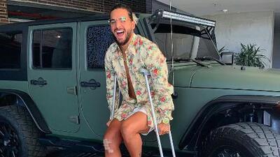 Terapias y mucho esfuerzo: Maluma tuvo que viajar con su fisioterapeuta para todos lados tras su operación de rodilla