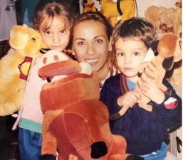 Consuelo Duval es una super mamá