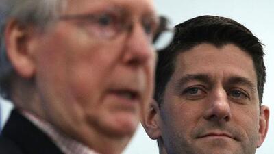 A puertas cerradas los republicanos vuelven a debatir sobre inmigración en el Congreso