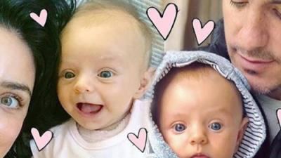 Aislinn Derbez y Mauricio Ochmann rapan a su bebé ¡Luce adorable!