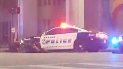 Impresionantes imágenes de un testigo durante el tiroteo de Dallas