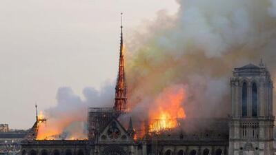 Un corto circuito es la causa más probable del incendio de Notre Dame, según investigadores