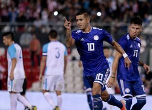 En fotos: Paraguay sube el ánimo antes de la Copa América con triunfo sobre Guatemala