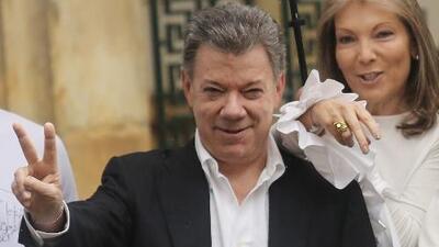 """""""Yo estaba bautizando a mi nieta"""": Santos le responde a Maduro, quien lo culpó del supuesto atentado"""