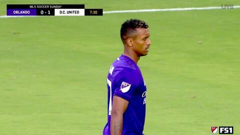 Nani acaricia su primer gol en la MLS, pero su peligroso cabezazo se va por arriba de la portería