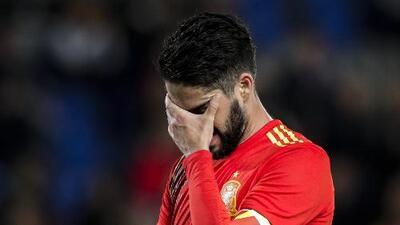 España, urgida de levantar cabeza tras su más reciente historia de fracasos