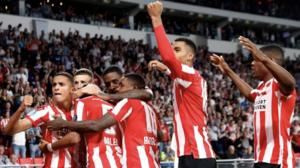 PSV goleó y quedó muy cerca de la Fase de Grupos Europa League