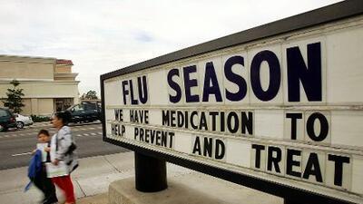 """""""Vacúnense ya contra la gripe"""": expertos de salud temen que esta temporada sea muy severa, explicamos por qué"""