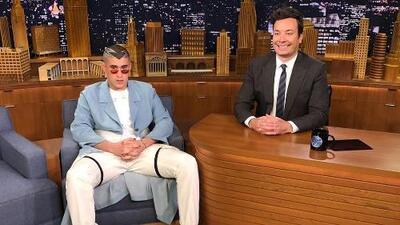Bad Bunny cumple el sueño de estar en el show de Jimmy Fallon y así se hace sentir por Puerto Rico