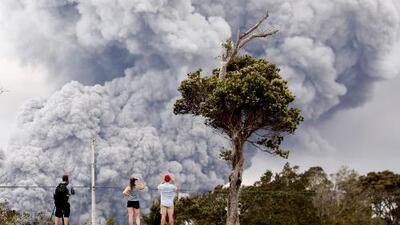 En un minuto: Declaran alerta roja en Hawaii por aumento de actividad del volcán Kilauea
