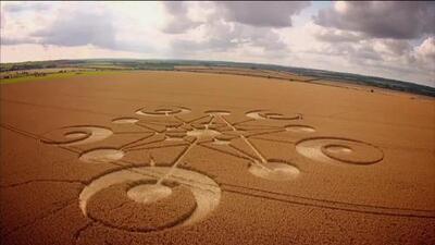 """Jaime Maussan responde: """"¿Se ha pensado enviar un mensaje a los aliens con crop circles?"""""""