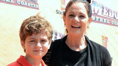 Erika Buenfil quiere seguir viendo a su hijo Nicolás como un niño