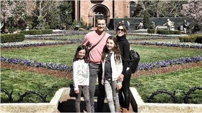 """Juan Soler no sabe si es celoso pero advierte sobre sus hijas: """"Ya odio a mis yernos"""""""