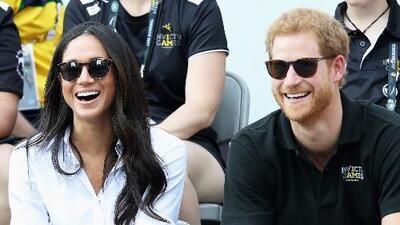 Príncipe Harry se compromete con la actriz estadounidense Meghan Markle