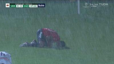 ¡Una auténtica tromba! Hasta el cielo lloró con el gris juego entre Veracruz y Cruz Azul