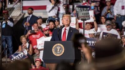 Trump busca atraer a los votantes latinos para su reelección y en Nuevo México dio sus primeros pasos