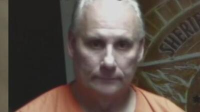 Arrestan a un hombre acusado de acosar sexualmente a una madre de familia