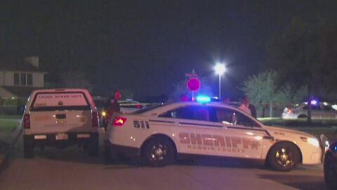 Investigan el asesinato a balazos de un hombre en el noroeste de Houston