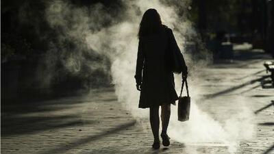 Ambientes sociales y roles que estarían generando más depresión entre las mujeres
