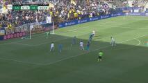 ¡Wondolowski se pierde el gol y desperdicia un gran pase de Carlos Fierro!