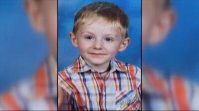 Por tierra, agua y aire buscan al niño autista desaparecido en un parque de Carolina del Norte