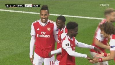 ¡Sólo faltaba Aubameyang en este festín! El Arsenal despedaza al Eintracht sin piedad