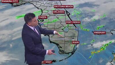 Lluvias y cielos mayormente nublados, el pronóstico para este lunes en el sur de Florida