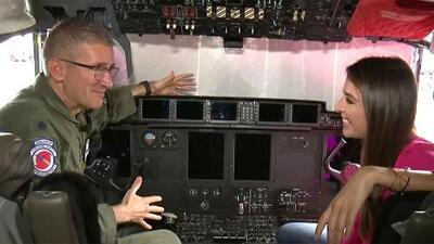 Desde la cabina de un cazahuracán, Maity investigó cómo se recopila la información al volar dentro de una tormenta