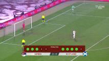 ¡GOOOL! Aleksandar Katai anota para Serbia.