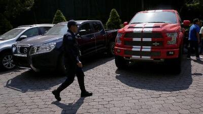Una camioneta de la familia de 'El Chapo' se vende en $100,000 en la subasta de vehículos confiscados en México