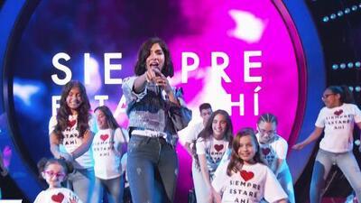 Alejandra Espinoza, El Dasa y Leslie Grace unieron sus voces en el gran 'opening' de TeletónUSA