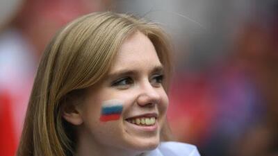 Diputada recomienda a mujeres rusas no tener sexo con extranjeros de otras razas