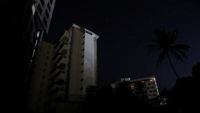 En medio de la crisis por el segundo apagón en Venezuela, estudiantes de Miami buscan ayudar a afectados