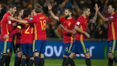 España goleó 4-0 a Macedonia y se mantine firme rumbo a Rusia 2018