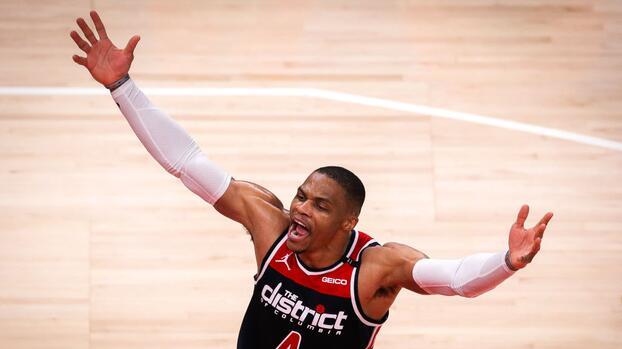 Histórico: Westrbrook se convierte en el jugador con mas triple-dobles en la NBA
