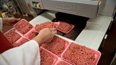 Llaman a retirar del mercado 25,000 libras de carne vacuna posiblemente contaminada