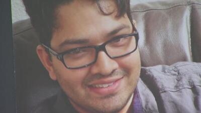 """""""No merecía morir así"""": familia del hombre baleado mortalmente por un policía de Los Ángeles exige justicia"""