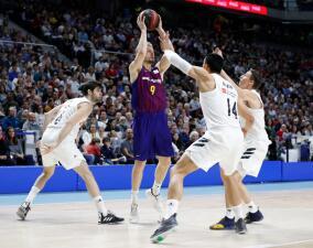 ¡En baloncesto también! Barcelona superó al Real Madrid y es líder en España