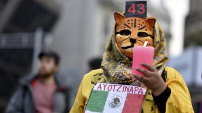 """Un profesor de educación física está detenido desde hace 3 meses por el caso Ayotzinapa """"por error"""""""