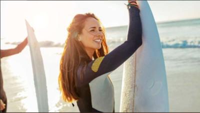 Desaparece surfista mexicana en la costa de Croacia